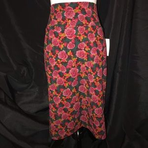 NWT Lularoe HTF Roses Cassie Skirt XL Pencil Style